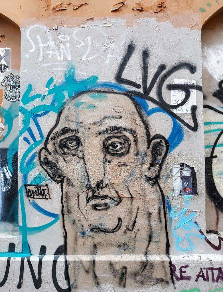 Grafit, Trevi: Smor. Rome. Italy.