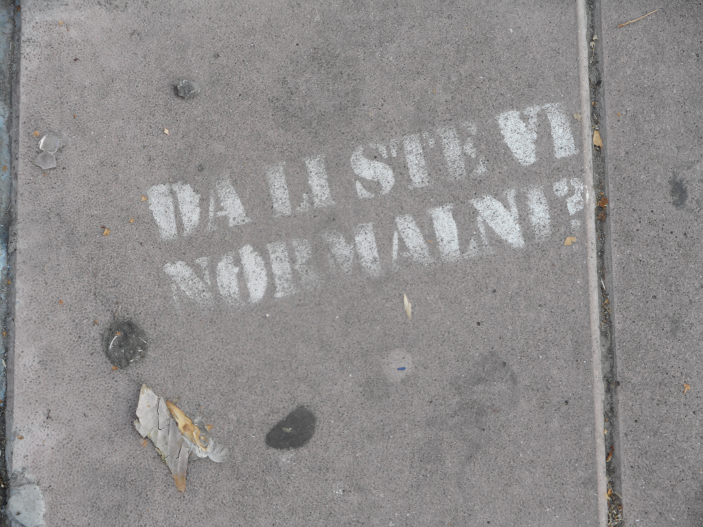 NLO, Dorćol: Are you normal?. grafit graffiti street art beograd belgrade stencil marker paste ulična umetnost sprej.