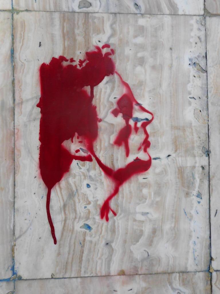 Grafit, Stari Grad: Blood face. grafit graffiti street art beograd belgrade stencil marker paste ulična umetnost sprej.