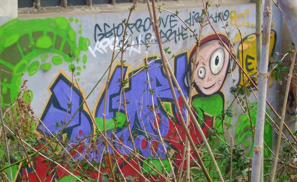 Grafit, Novi Belgrade: Vanzemaljac. Beograd.