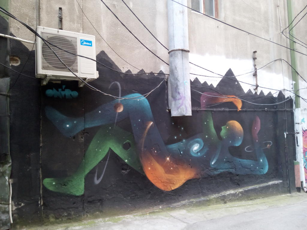 Grafit, Dorćol: Prolaz u Cetinjskoj. grafit graffiti street art beograd belgrade stencil marker paste ulična umetnost sprej mural zid.