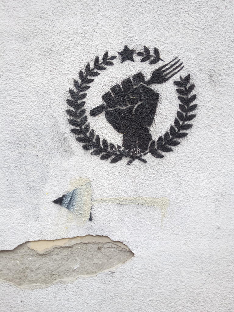 Stencil, Dorćol: Fork. grafit graffiti street art beograd belgrade stencil marker paste ulična umetnost sprej mural zid.