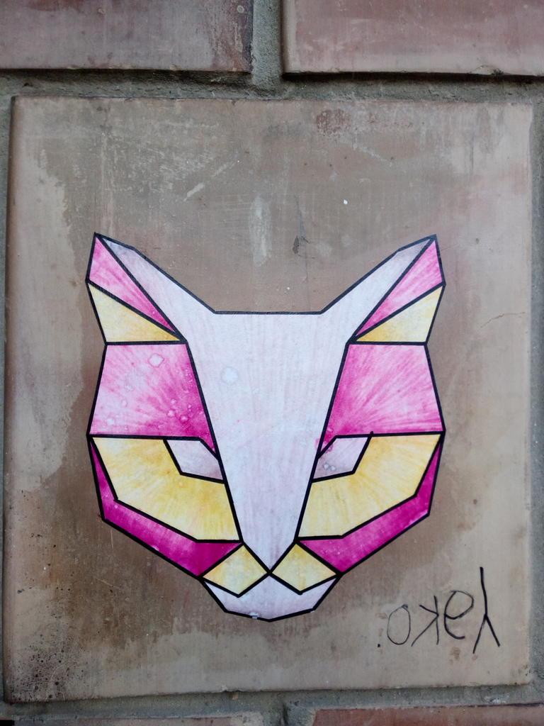 Paste-UP, Dušanovac: Mačka. grafit graffiti street art beograd belgrade stencil marker paste ulična umetnost sprej mural zid.
