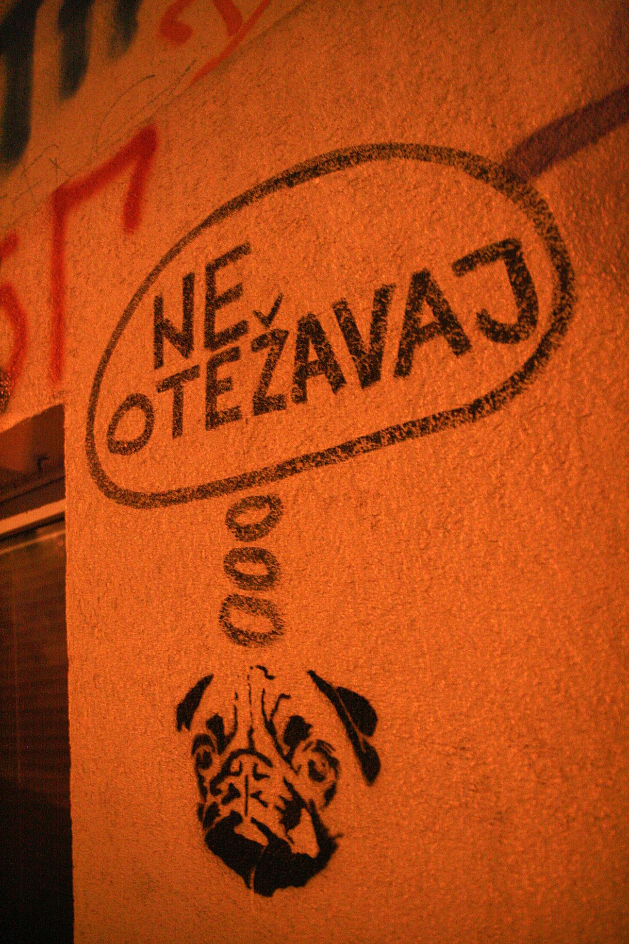 Stencil, Stari Grad: Ne otežavaj. Inspektor Yoda Zgužvani.