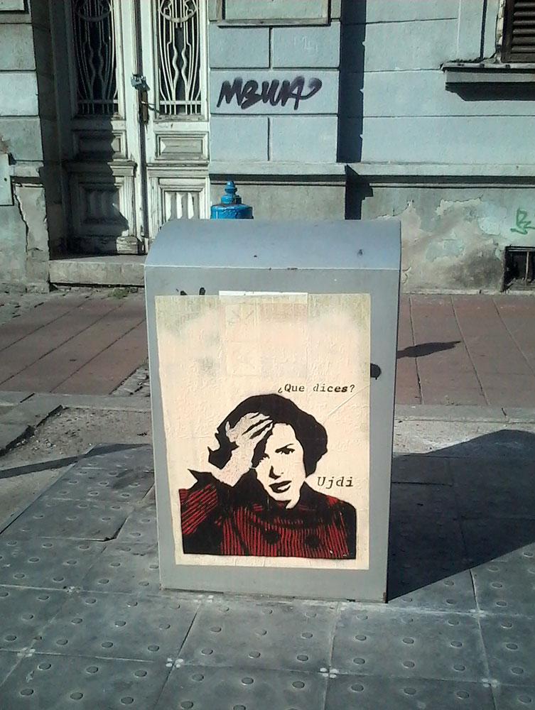 Paste-UP, Stari Grad: Que dices?. Beograd. Ujdi.