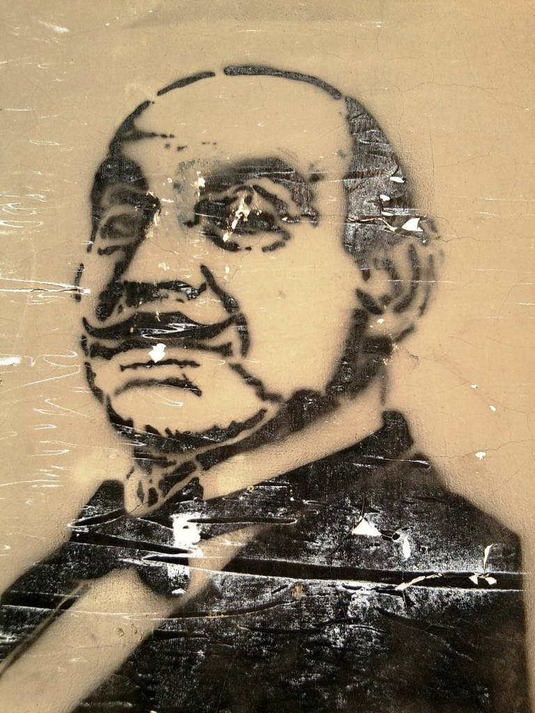 , : Hercule Poirot. Beograd.