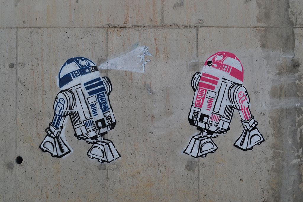 Stencil, Senjak (historical): R2D2 love. starwars. r2d2.