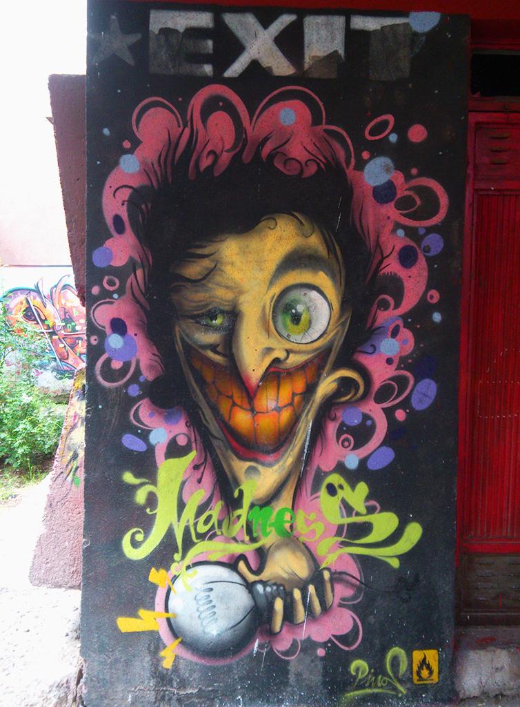 Grafit, Kruševac: Madness. Piros. Kruševac.