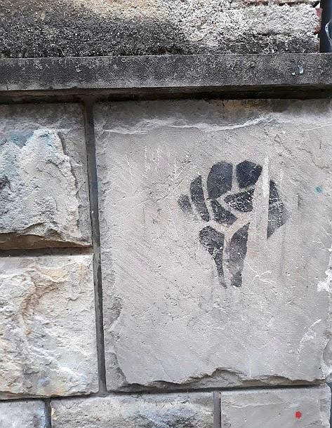 Stencil, Kragujevac: Otpor. Otpor. stencil. Kragujevac.