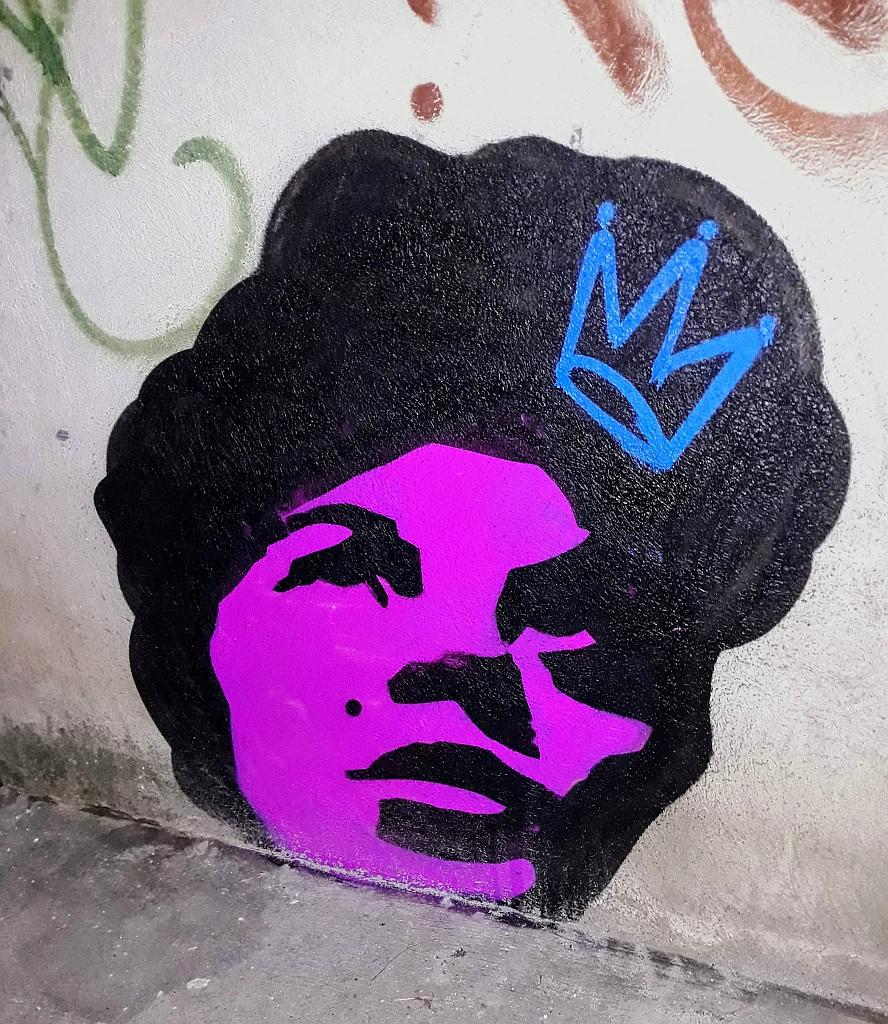Stencil, Belgrade: The Queen. TKV. stencil. Beograd.
